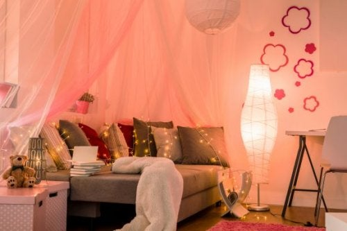 Tre ideer til at udsmykke din teenagers værelse