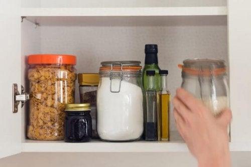 Organiser dit madskab: vores praktiske råd