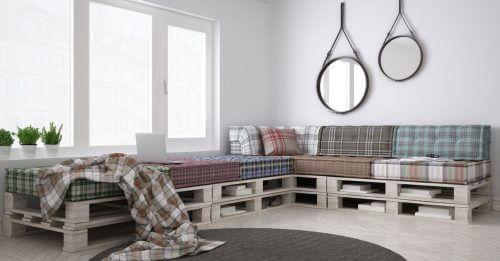 Sofa lavet af træpaller