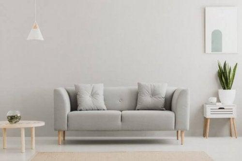 Sølv og neutrale nuancer til dine vægge