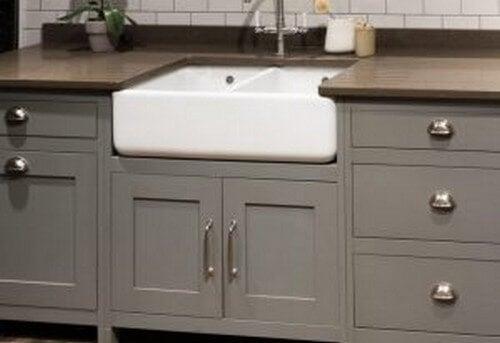 Køkkenbord med vask