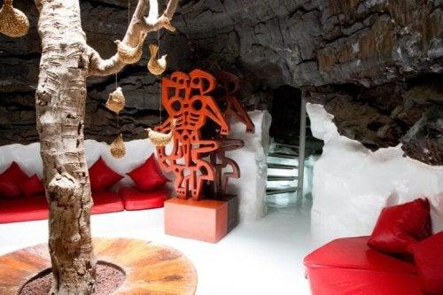 indretning med naturelementer af Cesar Manrique