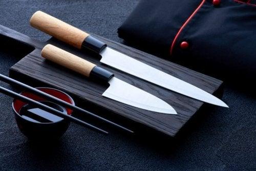 Japanske knive er anerkendte for deres gode kvalitet og fremragende materialer