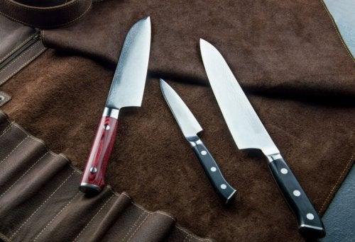 Der findes forskellige typer japanske knive, special designet til forskellige slags fødevarer