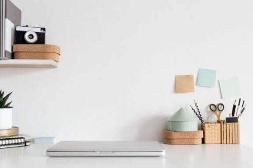 7 tips til at skabe den ideelle skrivebordsplads