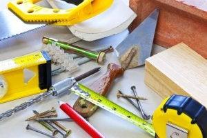 forskelligt værktøj hvor du skal have styr på sikkerheden