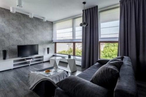 stue med persienner