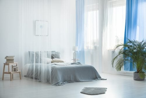 et lyst soveværelse til at dekorere din seng