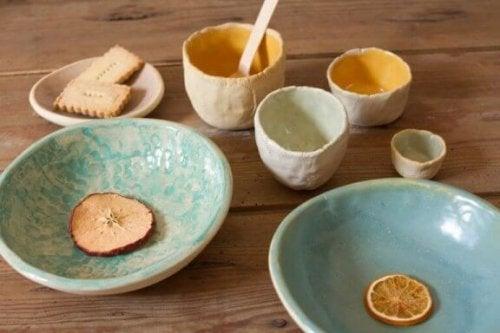 nona bruna krus og skåle håndlavet keramik