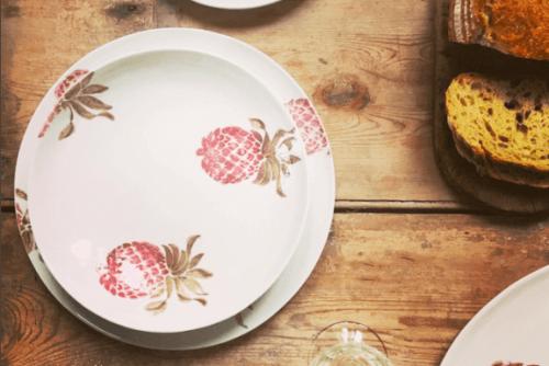 keramiktallerkner med ananas illustration