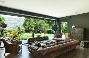 Boligindretning med antikke møbler er interiørdesign trends