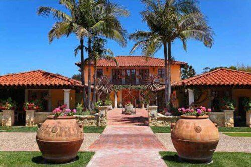 Arkitekturen i huse med kolonial stil