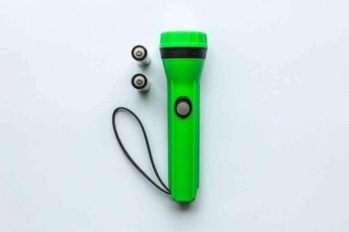 lommelygte og batterier
