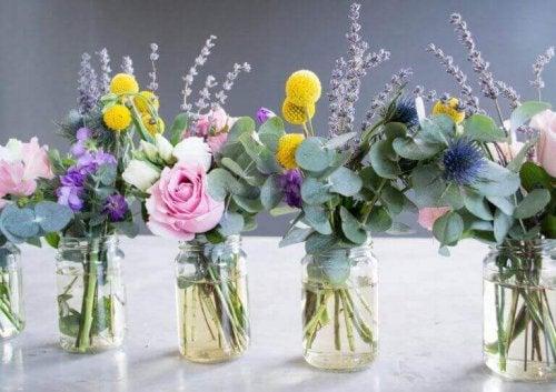 blomster i vaser