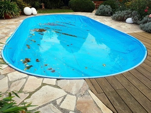 Snavset poolovertræk