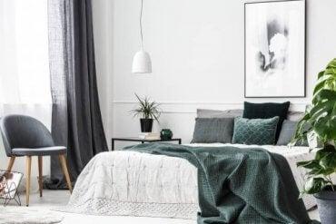 Hjælpsomme idéer til layoutet i soveværelset