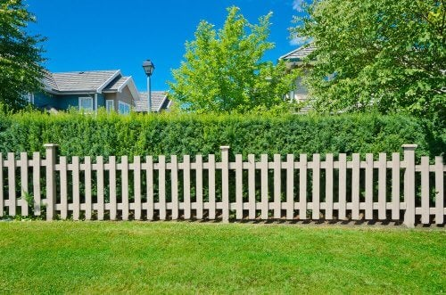 Typer af hegn til din gård eller have