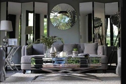 Dekorative spejle i din indretning vil gøre en stor forskel i hjemmet