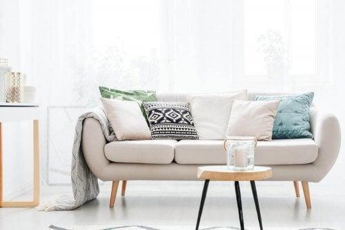 En beige sofa - det perfekt matchende møbel
