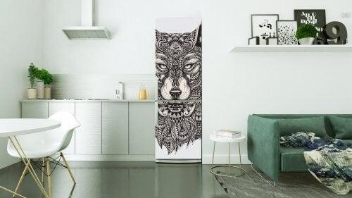 Køleskab med dyremotiv