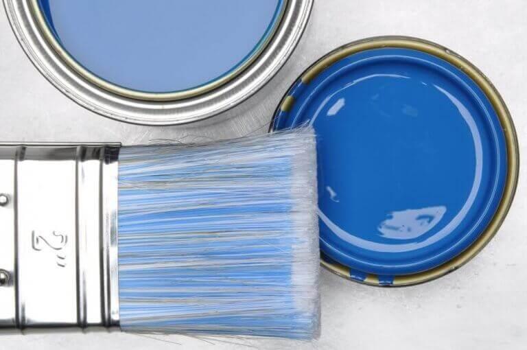 maling er en årsag til luftforurening i dit hjem