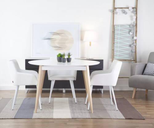 rundt hvidt bord