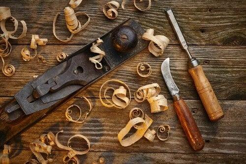 Du skal bruge forskelligt værktøj, når du arbejder med træ