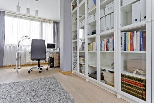 3 udstillingsskabe til at dekorere dit hjem