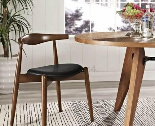 CH20-stolen er lavet i skandinavisk stil