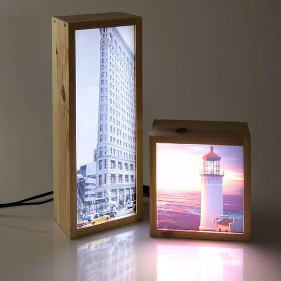 lysbokse med bygninger