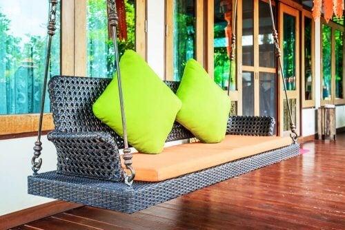 svævende sofa