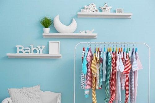 Essentielle accessories til en babys soveværelse