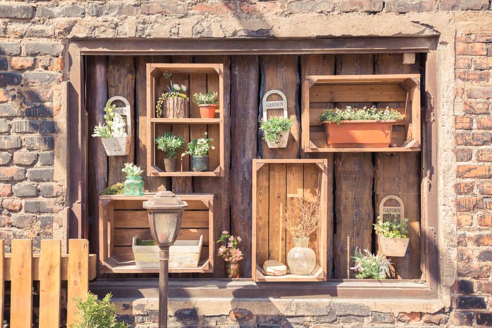 du kan lave dine møbler selv med kasser