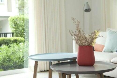 du kan lege med farveskemaet når du skal dekorere dit sofabord