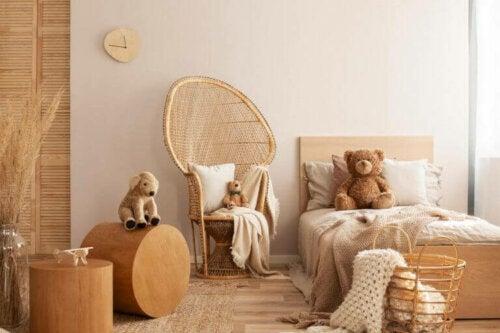 et flot soveværelse. gulvbelægningen bør også tænkes over når der indrettes med børnene i tankerne