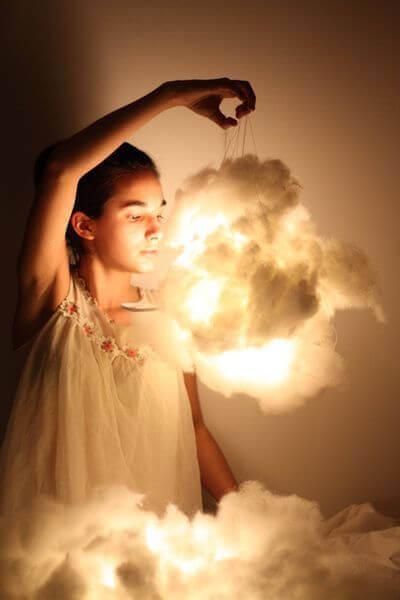 gør-det-selv lampe i form af en sky