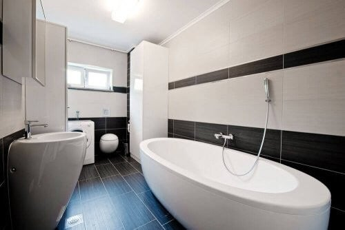 Badeværelsesfliser: Er dekorativt element
