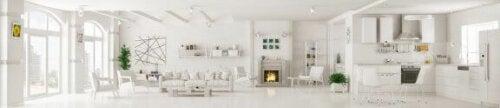 her ses et hjem med en æstetik baseret på farven hvid