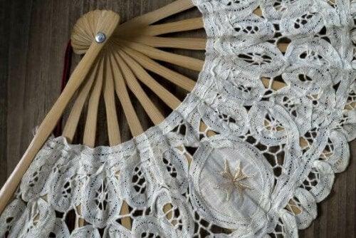 Dekorer dit hjem med smukke, foldbare vifter