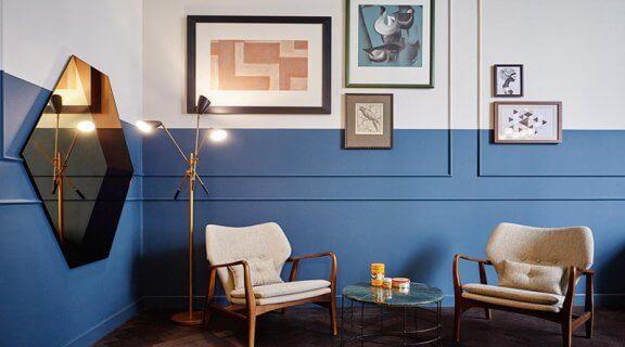 eksempel på at male kreativt i en stue