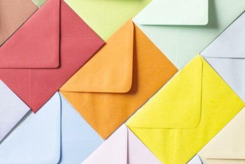 3 sjove måder at lave kuverter på som familie