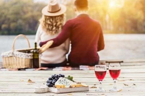 Sådan gør du klar til en romantisk middag
