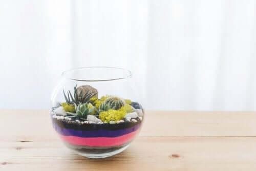 Farvet sand - råd til at bruge det i din dekoration