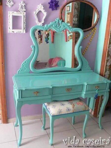 Antikt kosmetikbord