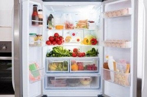 Tips til at organisere dit køleskab
