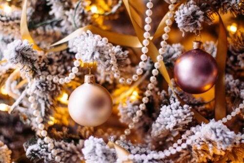 pynt på et juletræ