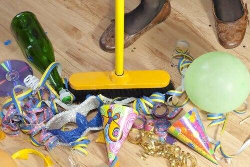 rengøring efter en nytårsfest