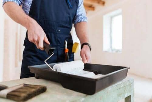 Imprægnering maling for at beskytte indre og ydre vægge