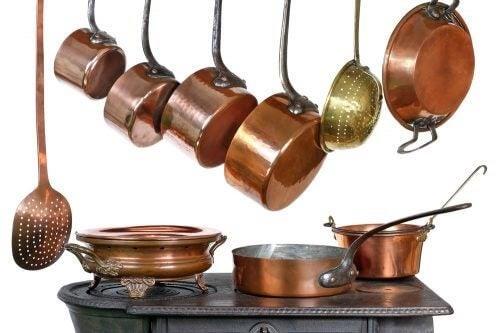Køkkenredskaber og køkkengryder i kobber