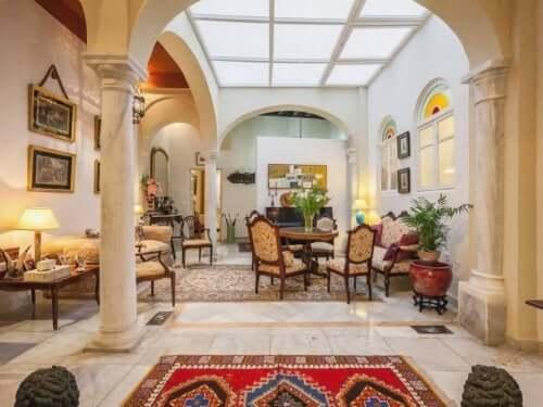 Sådan kreer du en romersk dekorationsstil i dit hjem